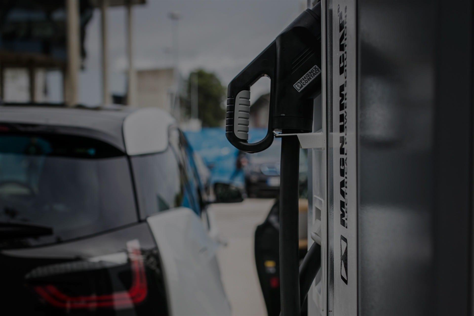 Instalación de puntos </br> de recarga para vehículos eléctricos